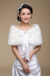 Wedding dress accessories Bridal Jackets Ivory Faux Fur Boleros Shrug Bride Wraps in stock with ribbon sash trim
