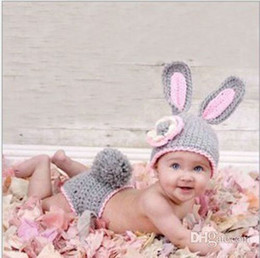 Wholesale Grey Rabbit Design Hand Knitted Set Hat Under Pant Infant Apparel MZ1369