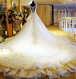 2019 Sexy Luxury Gorgeous V-Neck Crystal Beads Appliques Hollow Backless Ball Gown Plus Size Wedding Dresses Wedding Gown