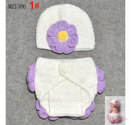 Wholesale Purple Flower Crochet Hat and Under Pant Hand Knitted Two Pieces Set Infants Apparel MZ1386