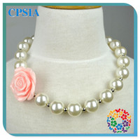 Wholesale Hot Sale Pearl Necklace Christmas Chunky Necklaces Baby Necklace Cute Flower Resin Necklace for Kids Gifts