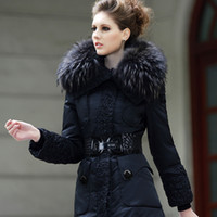 Wholesale Winter clothing for women real fox fur collar Feather winter new large genuine raccoon fur collar long down jacket thick