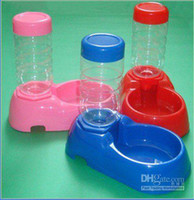 Wholesale pet drinker Pink Blue Red plastic pet dog dish water bowl