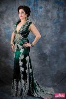 Reference Images V-Neck Elastic Satin New Abaya Dubai Dark Green Prom Gowns Long Sleeves Applique Lace Elastic Satin Arabic Kaftan Mermaid Evening Party Dresses