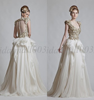 Wholesale New Arriving Zuhair Murad Modern Scoop Golden Appliques A Line Cap Sleeves Covered Button Ruffled Floor Length Wedding Dress HY860