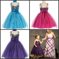 Wholesale Gorgeous Christmas Dresses Fuchsia Purple Turquoise Spaghetti Flower Girls Gowns Sequined Rolled Rose Pageant Dress Tea Length Tulle