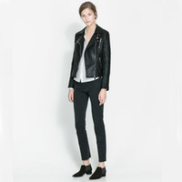 Wholesale Motorcycle Style Washed Pearl Leather Jacket Lapel Collar Long Sleeve Zipper Black Winter Fashion Women s European Style Jackets A702