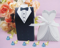 Favor Boxes White Paper Wholesale - 2014 New Candy Box Bride Groom Wedding Bridal Favor Gift Boxes 100 pairs 200 pcs Gown Tuxedo