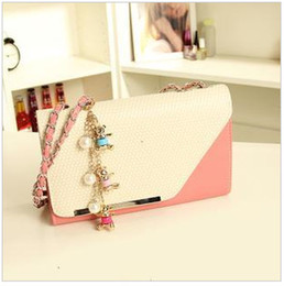 Wholesale 2013 Korean version of the new candy colored small packet of fresh influx of Ms shoulder chain bag female bag diagonal stereotypes