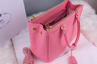 Wholesale Overflow Designer handbags Women fashion luxury leather bags or shoulder bags antirust hardware x20x13cm pink fast