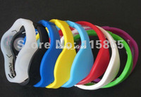 Precio de Venda de la energía del silicón del balance-Mezcle 33 colores 5 pulseras de la energía de los brazaletes de las pulseras del holograma del silicón de los tamaños que equilibran el wristband con las cajas al por menor 30pcs / lot