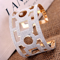 Wholesale Hot Fashion Geometry Hollow Out Large Size Bangles Opening Pattern Gold Shiny Jewelry Cuff Bracelets