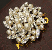 Wholesale ELEGANT BEAUTIFUL SILVER PEARL DIAMANTE CRYSTALS FLOWER BOUQUET BROOCH WEDDING
