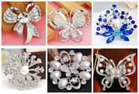 Wholesale Pop Wedding Bouquet Butterfly Brooch Silver Rhinestone Flowers Brooches Pins Gift Different Styles