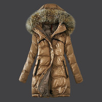 Wholesale Women Down Coats Real Raccoon fur Khaki colour Kvinner Ned strok Monr long women down jackets