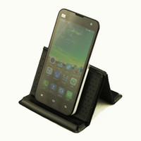 Wholesale HOT SALES Universal Silicone Rubber Skidproof Multi Mobile Phone Car Holder mat Anti Slip Pad Mat Cool Gadgets
