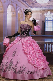 Wholesale Top Selling Gorgeous Elegant Ball Gown Sweetheart floor Length Lace up Beadsing Embroidery Pleats Taffeta Quinceanera dresses with a Jacket