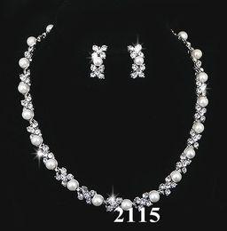 Nupcial de perlas de cristal collar de pendientes de joyería de plata conjunto de novia de la boda de dama de honor conjunto de joyería Bling regalo 1228