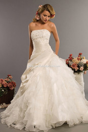 Wholesale 2014 Strapless Organza Ball Gown Wedding dresses with beaded Appliques Lace Up back