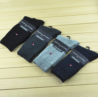 Wholesale Embroidery gentleman socks embroidery male bamboo fiber socks antibacterial deodorizes business men socks socks