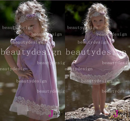 Wholesale Custom made light purple cute litttle girls dresses clothing crew neck short sleeves tea length applique kids flower girls gowns BO4462
