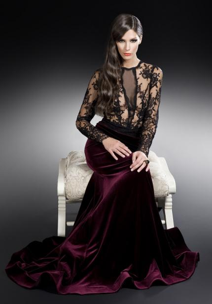 Devore embossed viscose emerald green velvet fabric for Velvet and lace wedding dresses