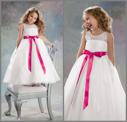 Wholesale 2015 Flower Girl Dresses Best Selling Sweet Little Queen Jewel Neck Lace Bodice Bow Sash A line Floor Length Organza Girl Ball Gown AL060417