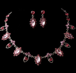 Wholesale Pink Fashion bridal jewelry sets Luxury artificial rhinestone alloy plated necklace and earrings piece in