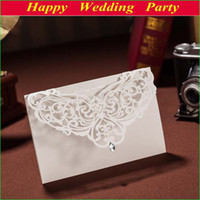 Wholesale Elegant Invitation Card in Beige Laser Cut Flower Wedding Invitation for Wedding Party Wedding Favors