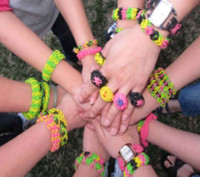 Wholesale 300pack amp DIY Rainbow Loom Refills Bands Twistz Bands Bracelet for kids DIY bands C clips DHL SHIP