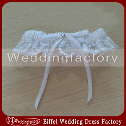 Wholesale White Ivory Lace Bridal Garter Beautiful Simple Ladies Garters Wedding Accessories with Ribbon in Stock