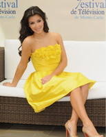 Model Pictures Short/Mini Taffeta On Sale ! Kim Kardashian Fashion Strapless Yellow Mini A Line Party Dresses Cocktail Dresses Party Gowns Taffeta Short Dresses with Ruffles