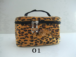 Wholesale NEW Makeup bag The latest cosmetic bag cosmetics bag beautiful colors colors choose