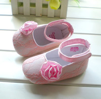 Online shoes. Girl shoes online