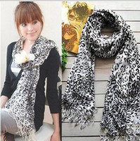 Wholesale Golden Leopard leopard point cashmere scarves Shawls