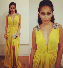 Wholesale 2014 New Arrival Yellow Prom Dresses With Deep V Neck with Sexy Leg Bearing High Slit Dhyz