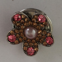 Wholesale Flower Design Metal Noosa Chunk With Peach and Rose Rhinestones Antique Silver Plated