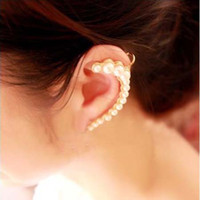 Wholesale Gold Clip Earrings For Women Punk Style Crescent Faux Pearl Ear Cuffs Charm Jewelry Stud Earrings