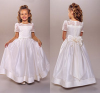 Wholesale 2015 First Communion Dress Flower Girls Dresses With A Line Sheer Neckline Jewel T Shirt Short Sleeve Bow Lace Embroidery Floor Length