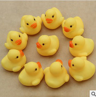 Beach Toys Animals 0-12M Baby Bath Water Toy Rubber Ducks toys Sounds Yellow Duck Kids Bathe Children Swiming Beach Gifts