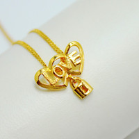 Wholesale Popular new heart shaped lock LOVE locked her heart pendant gold plated genuine gold content with the real thing