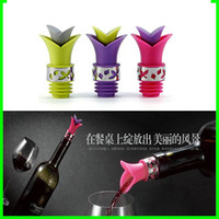 Wholesale Lowest Price Cool Eco friendly Silicone Lily In Corked Wine Champagne Pourer Stopper