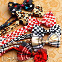 Wholesale The new variety of pet dog clothes hanging ornaments tie a bow tie collar flower scarf handsome accessories