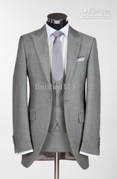 Custom Made One Button Light Grey Groom Tuxedos Peak Lapel Best Man Groomsmen Men Wedding Suits Bridegroom (Jacket+Pants+Vest+Tie) NO:9