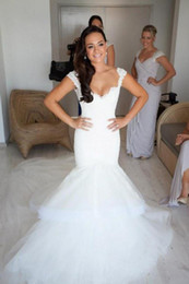 2014 New Backless Wedding Dresses Tulle Lace Beads Appliqued White Ivory Chapel train Sleeveless Mermaid Bridal Gowns