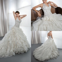 Cute 2014 A Line Wedding Dress V Neck Halter Embroidered Lac...