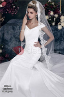 Wholesale 2015 Vintage White Ivory Wedding Bridal Veils One Layer Tulle Medium Length Tulle Lace Appliques Beaded EC02