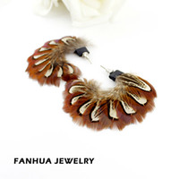 Wholesale Luxury hot selling costume jewelry colorful feather handmade drop earrings for women
