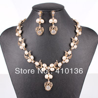 Wholesale PN12573 Fashion Imitation Pearl Jewelry Set Gold Silver Plated Clear Crystal Top Elegant New Arrival Party Gift