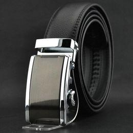 Cinturones de cuero en venta-S5Q Moda hombres de lujo de la hebilla automática cuero partido de la correa de la cintura Cinturones Negro AAACEA